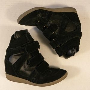 Steve Madden Size 5 M Black Suede Ankle Boot